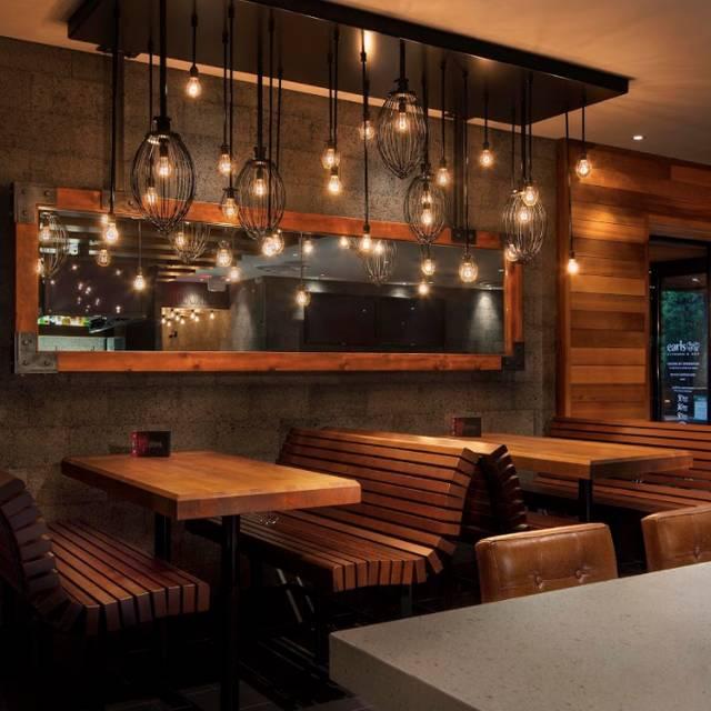Lounge Area - Earls Kitchen + Bar - London, London, ON