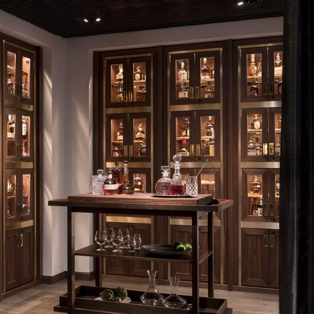 Bourbon Lockers - Bayou & Bottle-Four Seasons Houston, Houston, TX