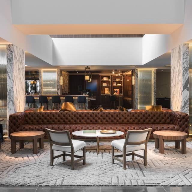 Lobby - Bayou & Bottle-Four Seasons Houston, Houston, TX
