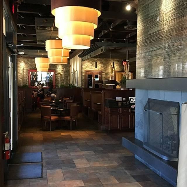 Turtle Jack's Muskoka Grill - Appleby, Burlington, ON
