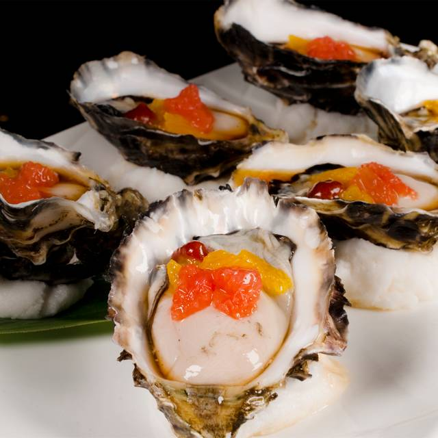 Fresh-oyster - Miyako Japanese Cuisine, Southbank, AU-VIC