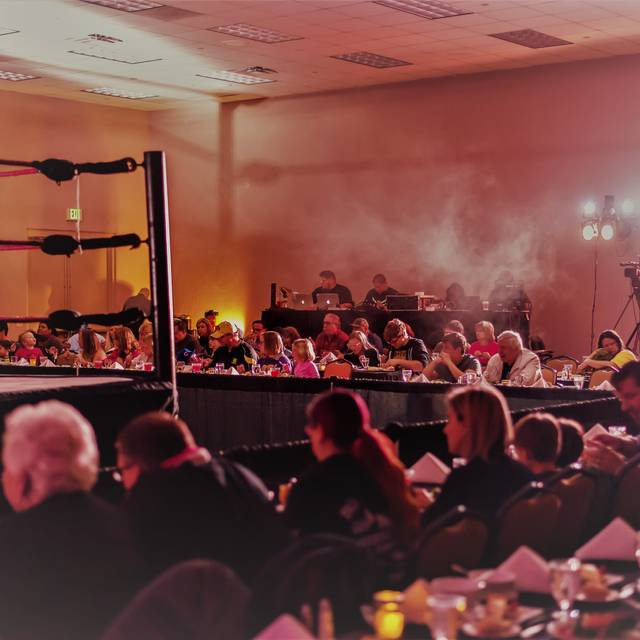 Manor Professional Wrestling Dinner Theater, Kissimmee, FL
