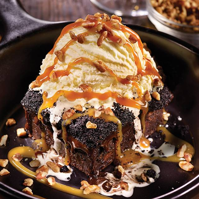 Brownie Obsession - TGI FRIDAYS - Fairfax, Fairfax, VA