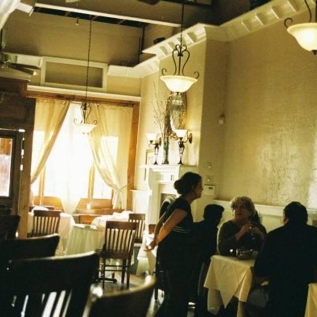 Metro 8 Steakhouse Restaurant Durham Nc Opentable