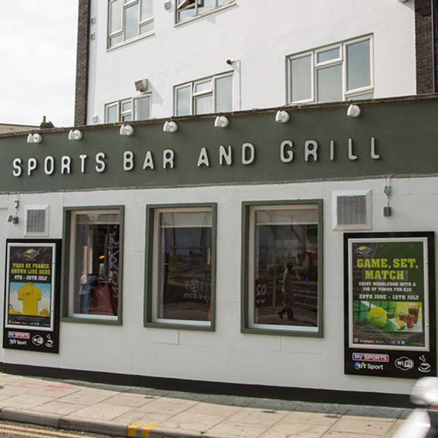 fcd36b12046936 Champs Sports Bar   Grill- Ilford - London