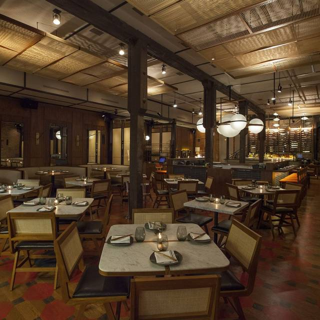 Dining Room - Momotaro, Chicago, IL