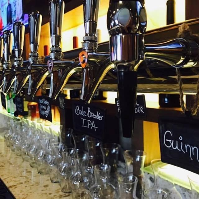 B-Town Kitchen & Raw Bar, Bellingham, WA