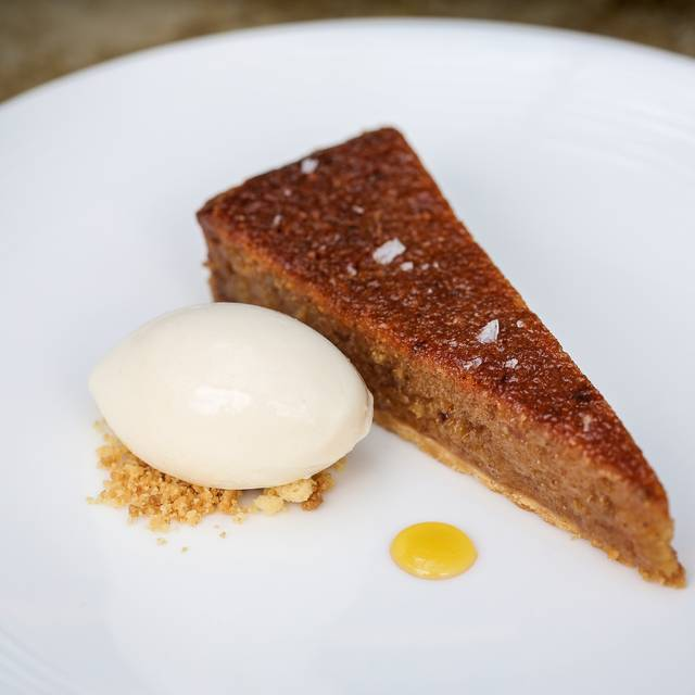 Treacle Tart - The Hind's Head - Bray, Bray, Berkshire