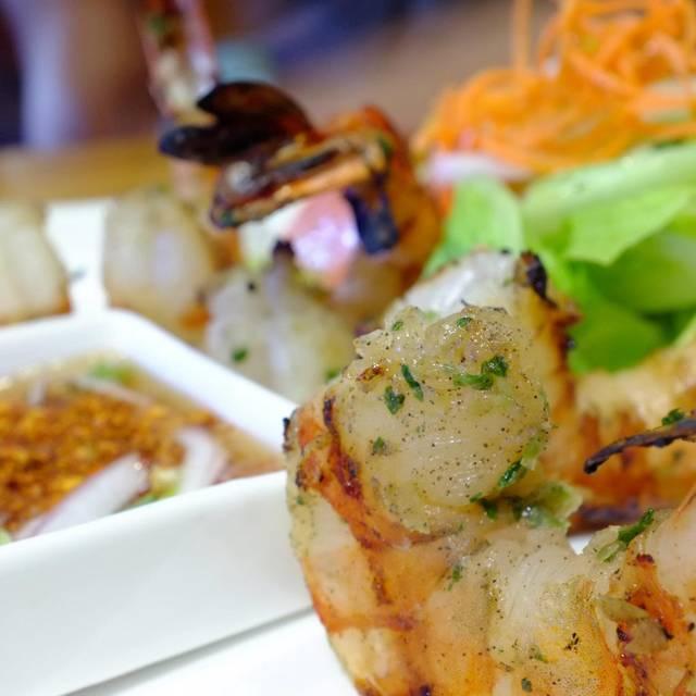 Eat At Thai Restaurant Berkeley Ca