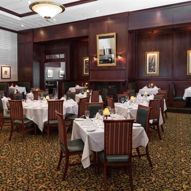 Ruth's Chris Steak House - Virginia Beach, Virginia Beach, VA