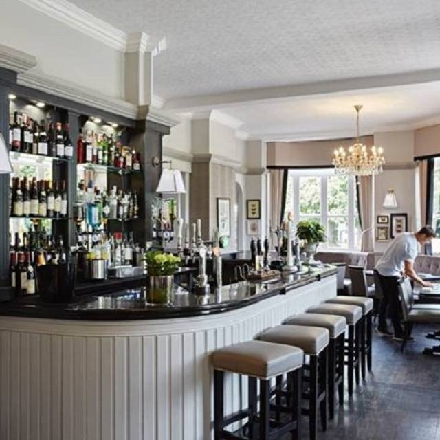 The Swan, Esher, Surrey
