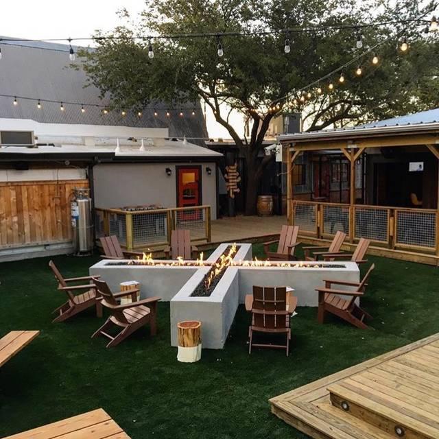 Beaver Backyard - Beaver's - Westheimer, Houston, TX