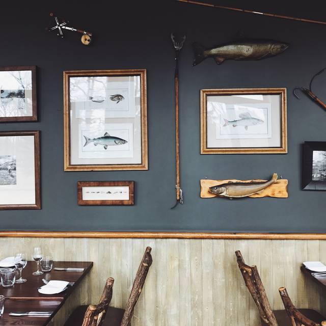 River Café, Calgary, AB