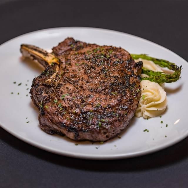 Katz 21 Steak and Spirits, Corpus Christi, TX