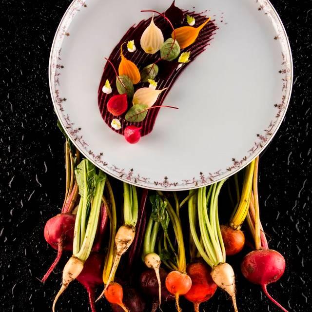 Culinary experiences at L'Espadon