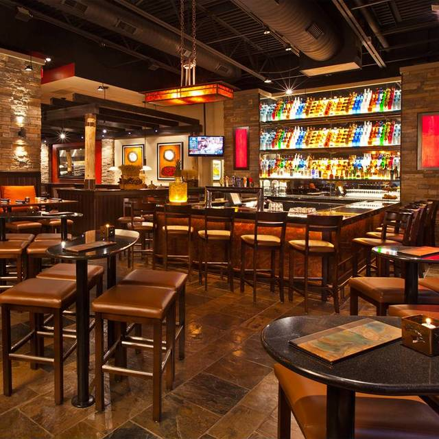 10 Restaurants Near Towneplace Suites By Marriott Kansas City Overland Park Opentable