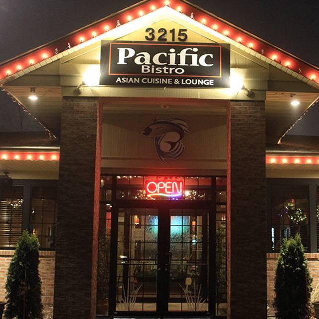 Pacific Bistro, Delafield, WI