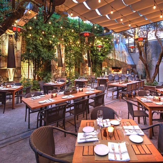 Paragary's Restaurant - Sacramento, CA