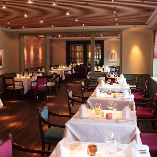 hardy 39 s bar restaurant westerland sh opentable. Black Bedroom Furniture Sets. Home Design Ideas