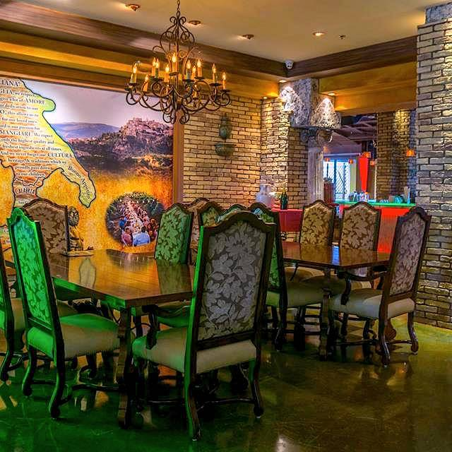 Italian Style Family Dining Room   Casa Calabria, Fort Lauderdale, FL