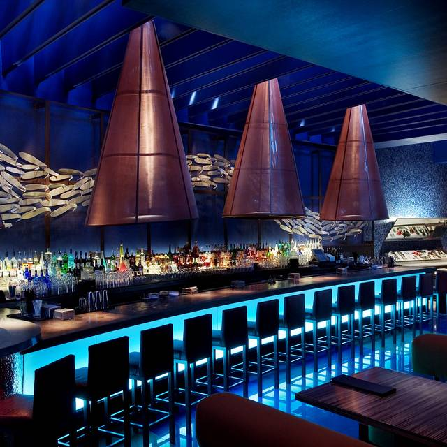 Todd English's  Bluezoo Lounge - Todd English's bluezoo at the Walt Disney World Dolphin Resort, Orlando, FL