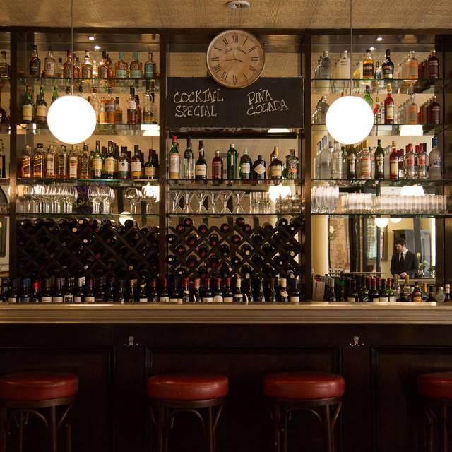 Fallon & Byrne - Exchequer Street, Dublin, Co. Dublin