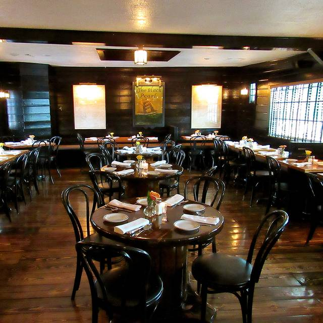 The Black Pearl Restaurant Newport Ri Opentable