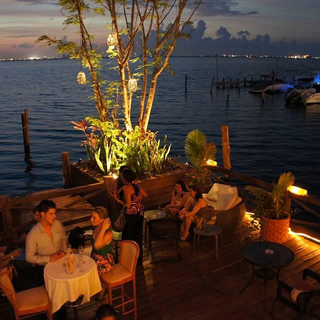 Deck  - Casa Rolandi Restaurant, Cancún, ROO