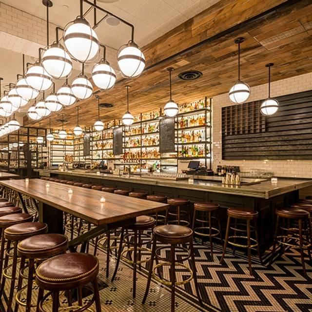 10 Restaurants Near Penn Quarter Metro Station Washington D C Opentable