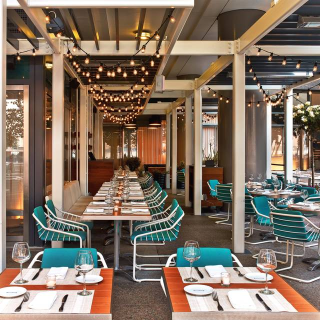 Le District Terrace - Le District Brasserie Beaubourg, New York, NY