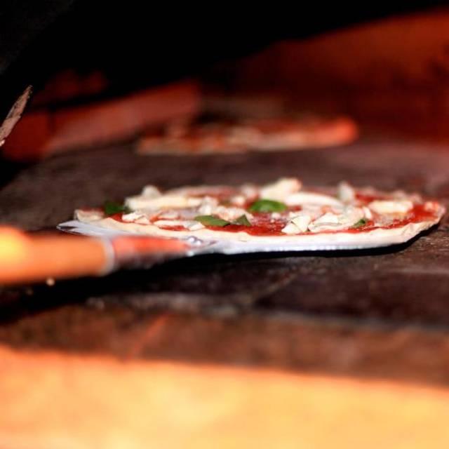 Pizza - Bettola, New York, NY