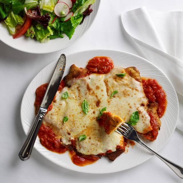 The Palm's Legendary Chicken Parmigiana Has Stood The Test Of Time - The Palm Washington DC, Washington, DC