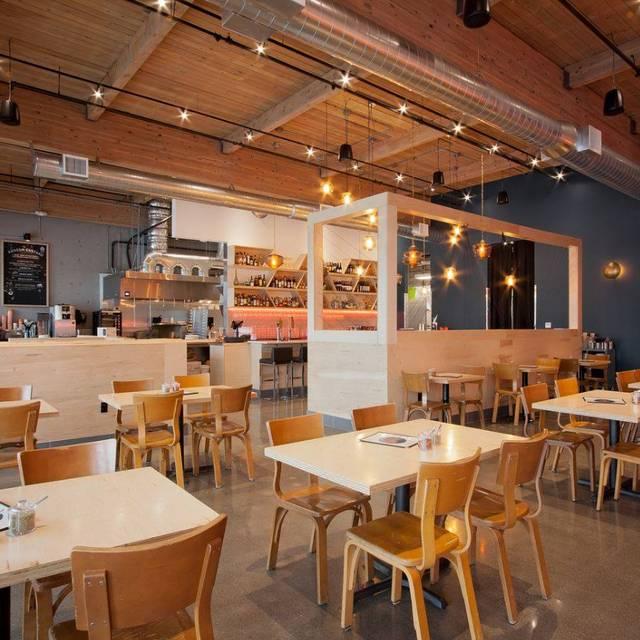 Rally Pizza Restaurant Vancouver Wa Opentable