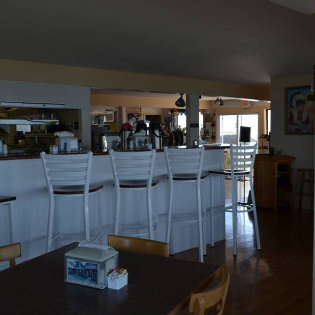 The Aquinnah Shop Restaurant Aquinnah Ma