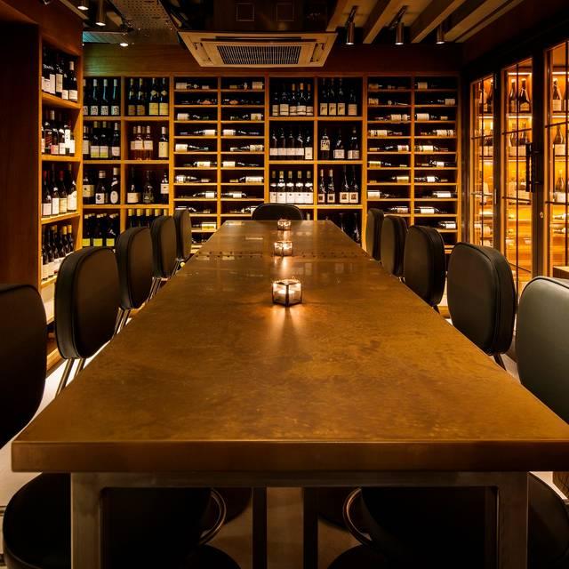 Comptoir caf and wine restaurant london opentable - Comptoir restaurant london ...