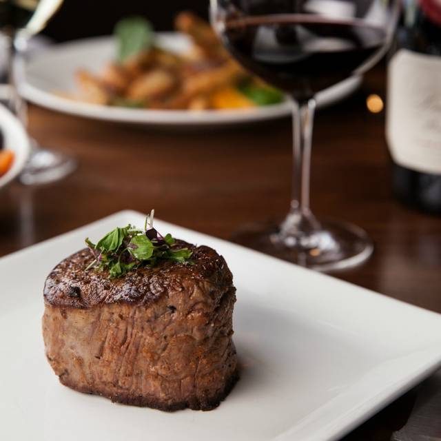 Spencer's Steak And Wine - Spencer's for Steak and Chops – DoubleTree by Hilton Spokane City Center, Spokane, WA