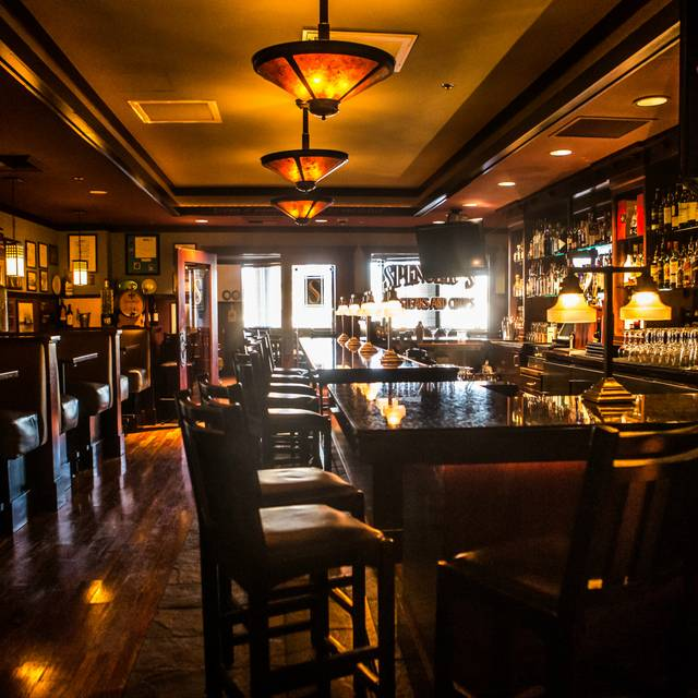 Spencer's Lounge - Spencer's for Steak and Chops – DoubleTree by Hilton Spokane City Center, Spokane, WA