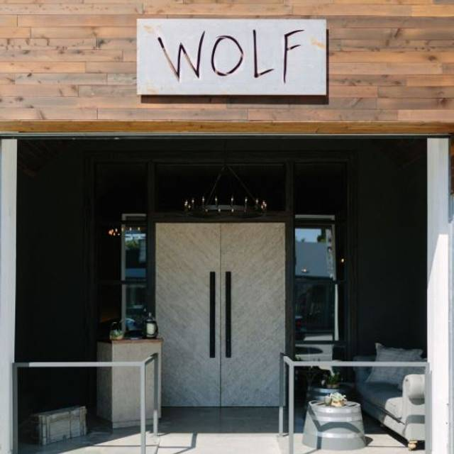 Wolf, Los Angeles, CA