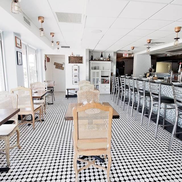 Dining Area - Pinch Kitchen, Miami Upper Eastside, FL
