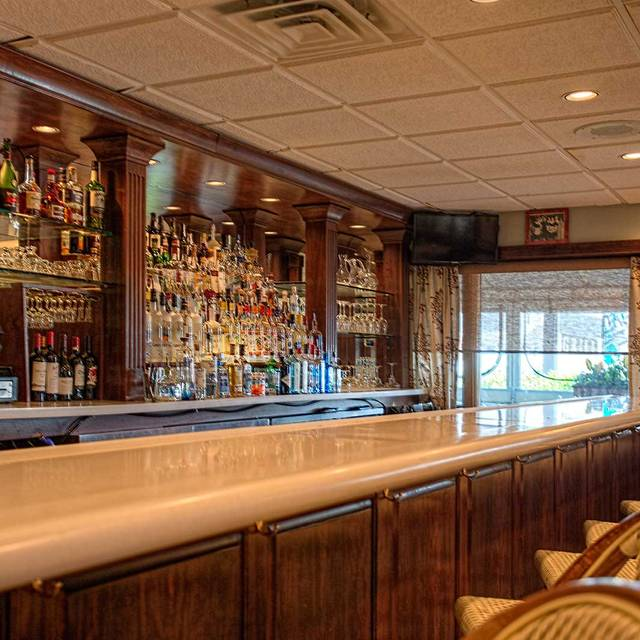 Bar Area - Lucia's Italian Kitchen, Wildwood Crest, NJ