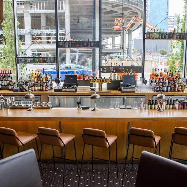 Oak Steakhouse Nashville Tn