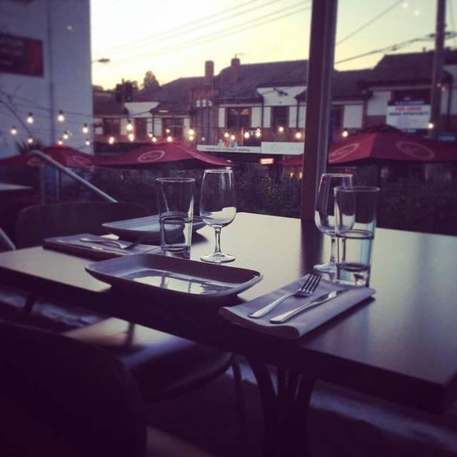 Cerrado permanentemente plaka greek restaurant