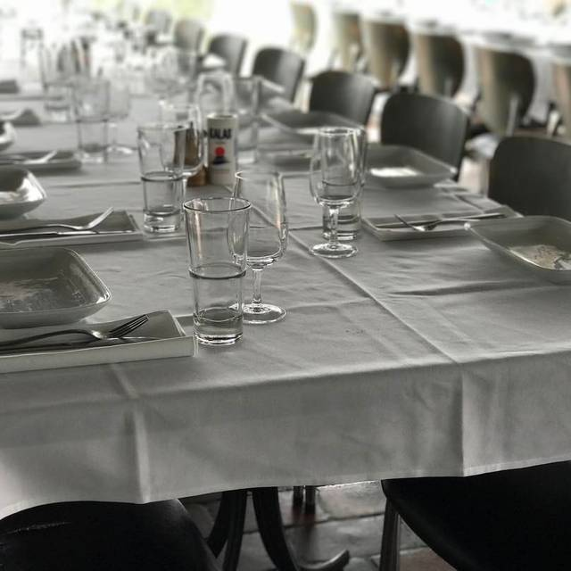 Permanently closed plaka greek restaurant east ivanhoe