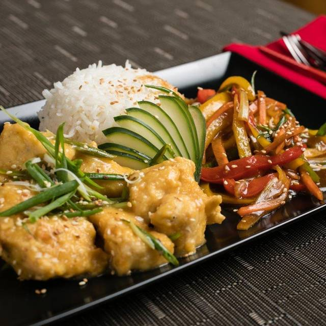 Dragonfly Sushi & Asian Restaurant-Lounge, Palm Beach, Aruba