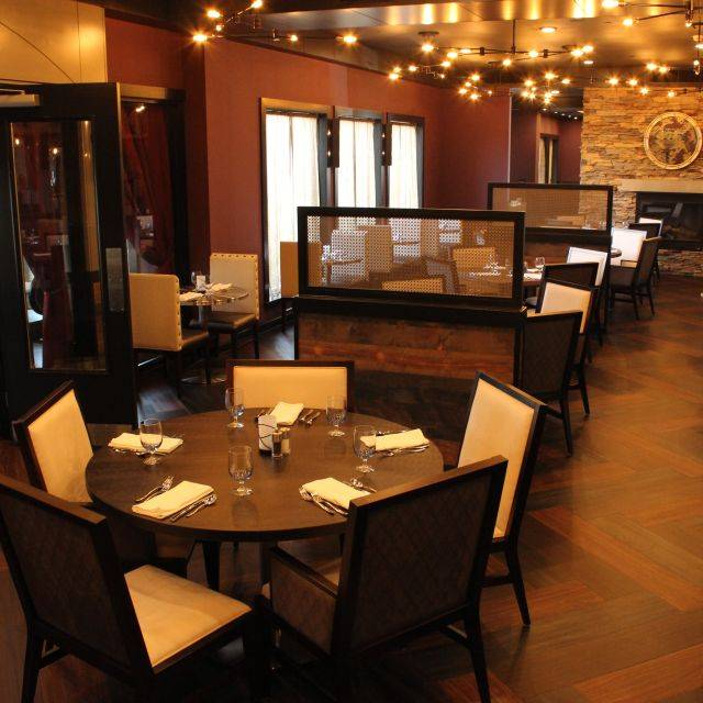 Jacksons Restaurant - Rotisserie - Bar - Doubletree Hotel, Moon Township, PA