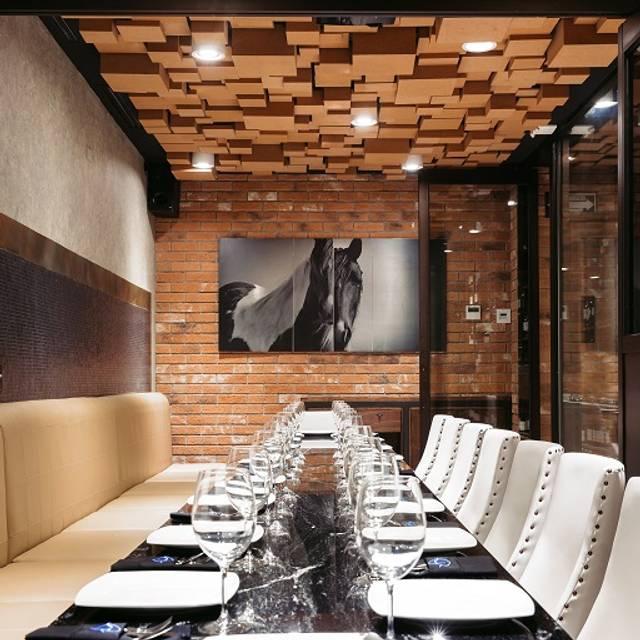 Gash - Great American Steakhouse - Guadalajara, Zapopan, JAL
