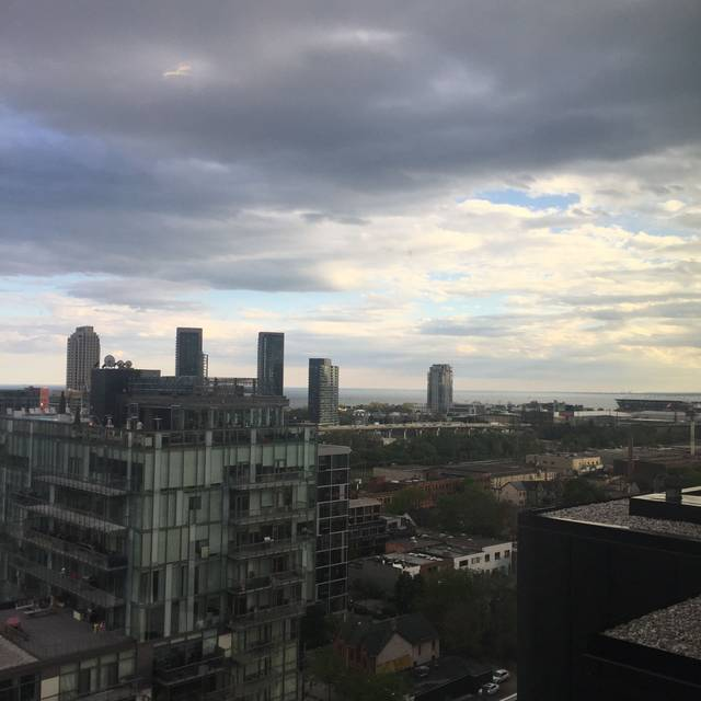 Lavelle, Toronto, ON