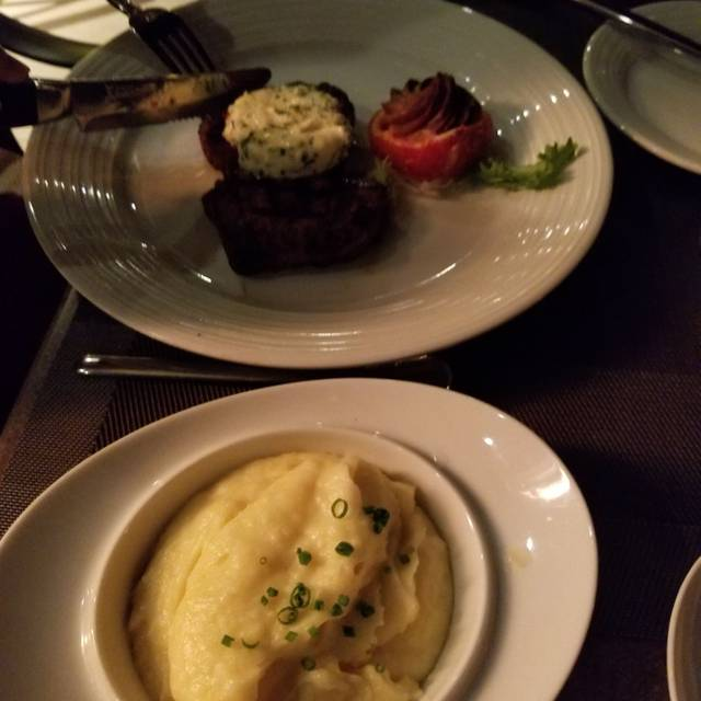 prime cut steakhouse hollywood casino