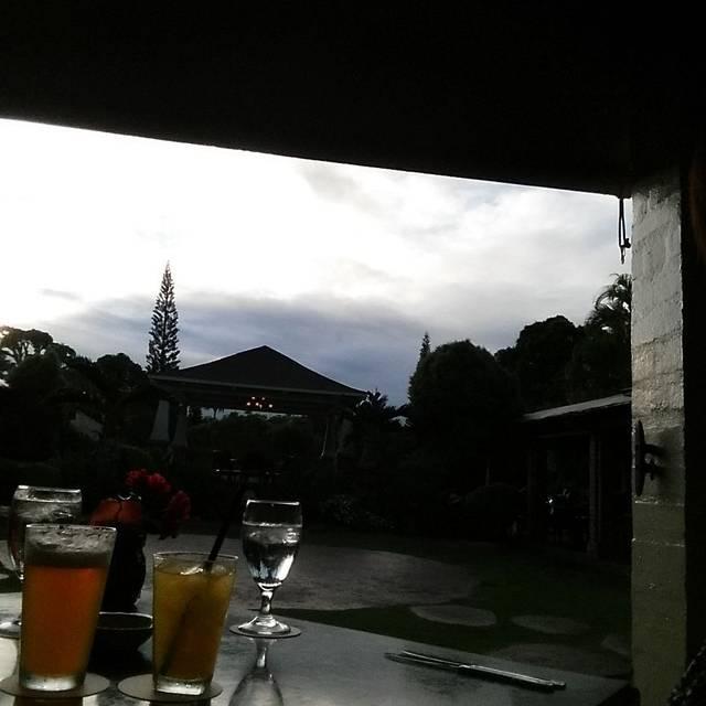 Gaylord's at Kilohana, Lihue, HI