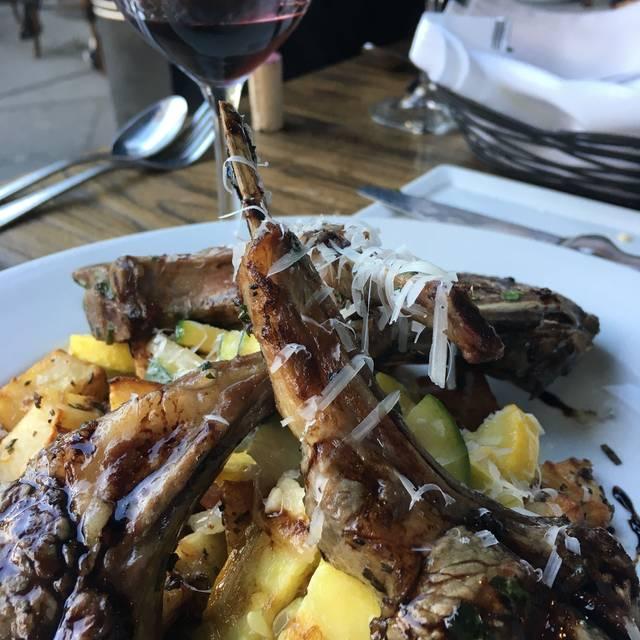 Gaetano's Restaurant, Torrance, CA